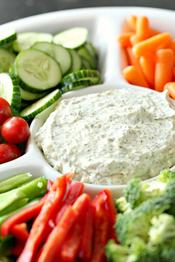 Vegetable-Dill-Dip-with-fresh-vegetables-from-SixSistersStuff