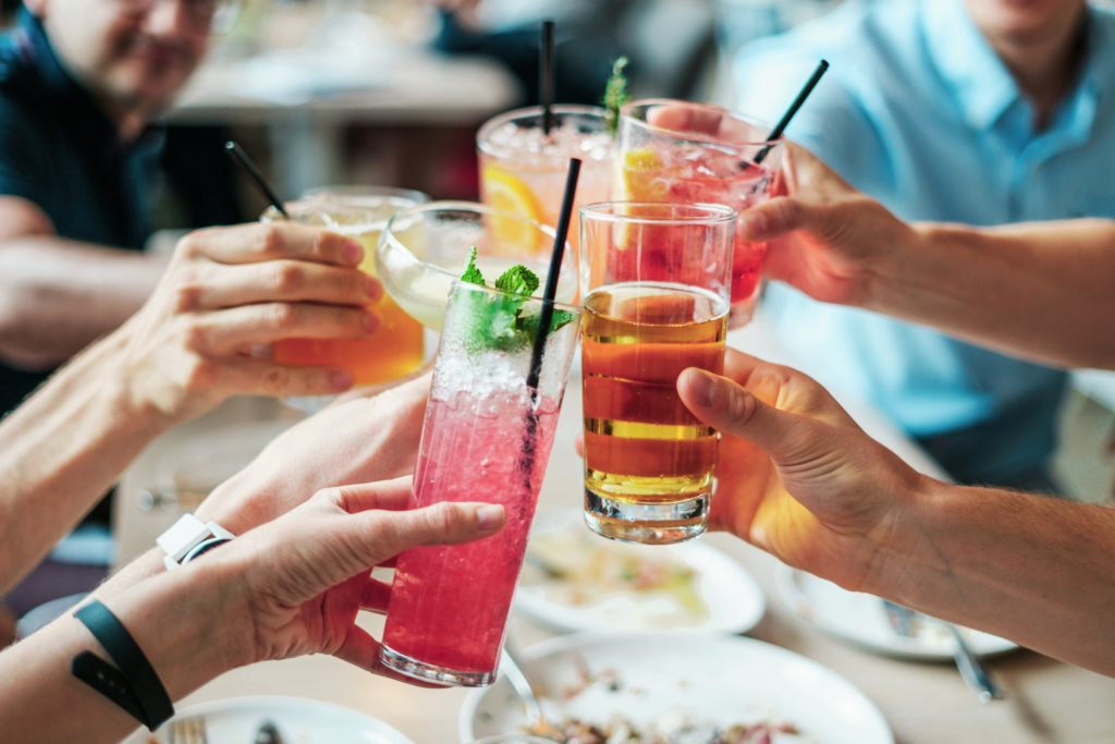 cheers-drink-hand-544961