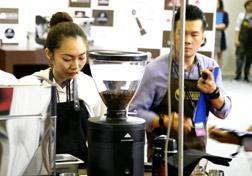 Tran-Que-Han-–-Vietnamese-Barista-Champion-of-2016
